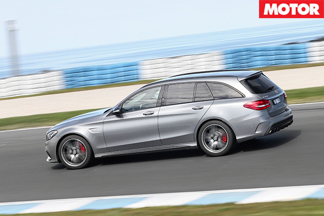 Mercedes-AMG C63 S Estate side driving