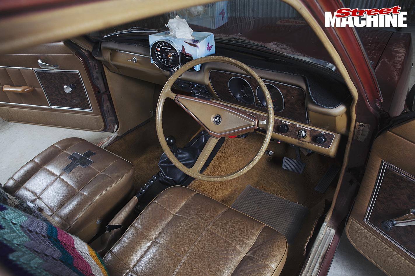 Holden -LC-Torana -SL-interior -front