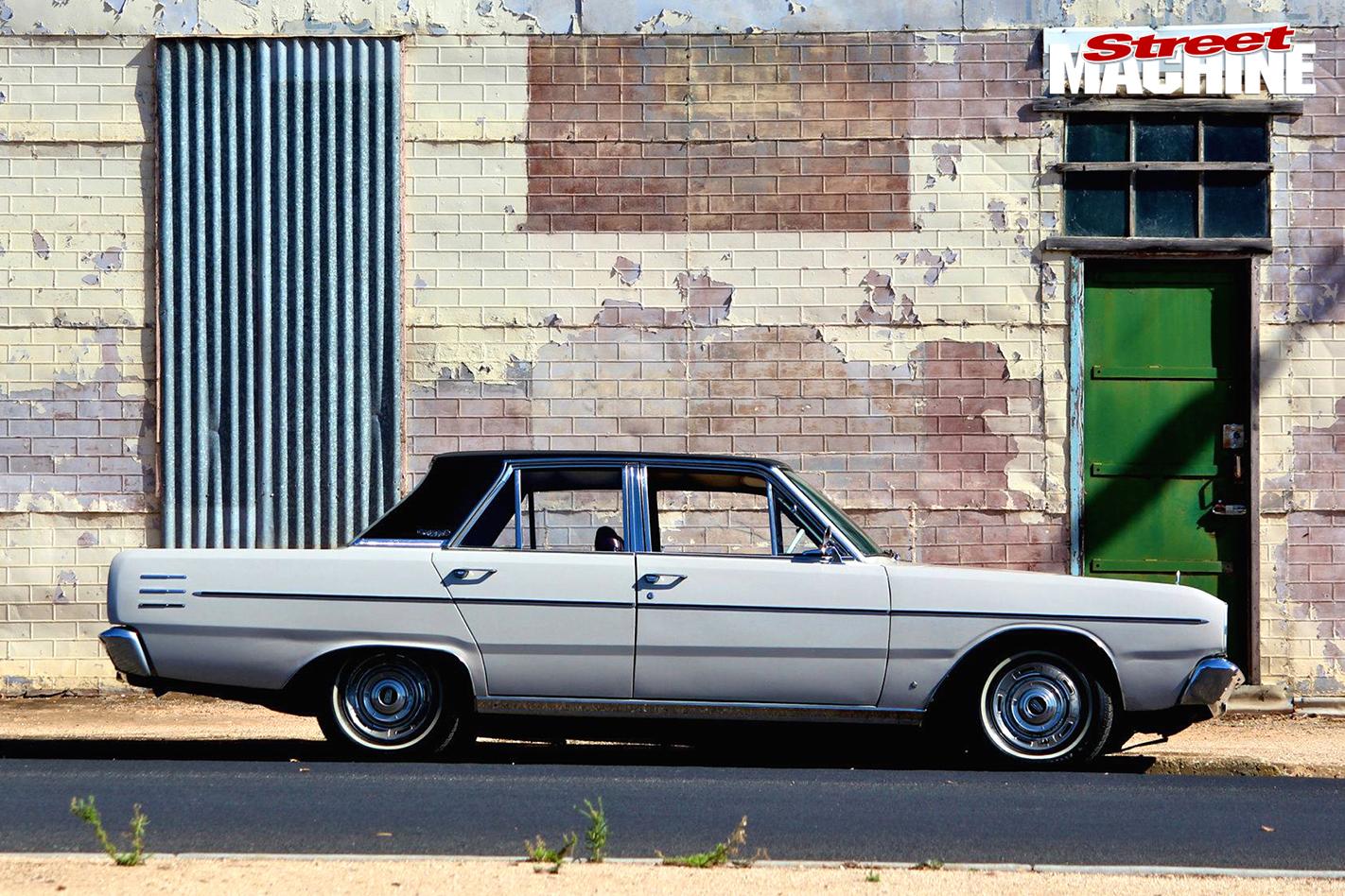 5-Paul -Cronin -Chrysler -VE-Valiant
