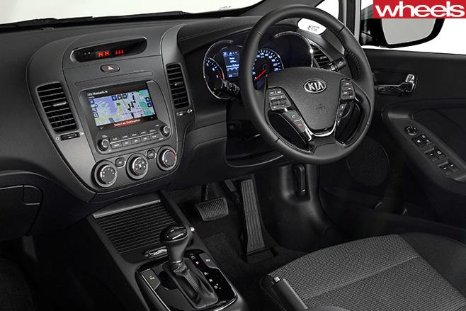 Kia -Cerato -interior