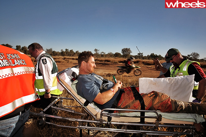 Man -stretchered -off -in -Finke -Desert -Race