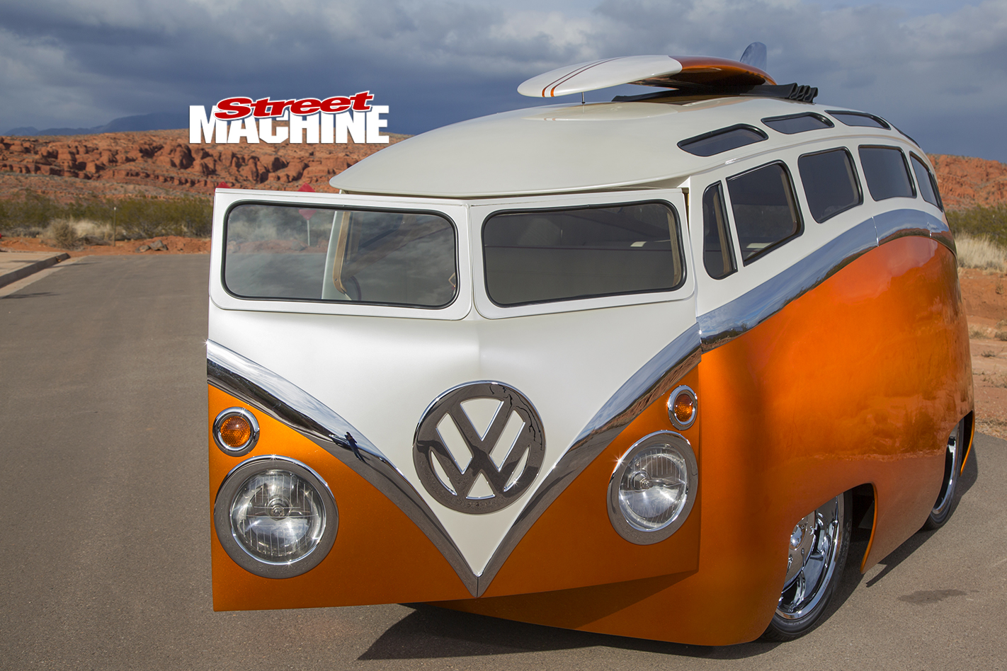 VW-Kombi -front -door -open