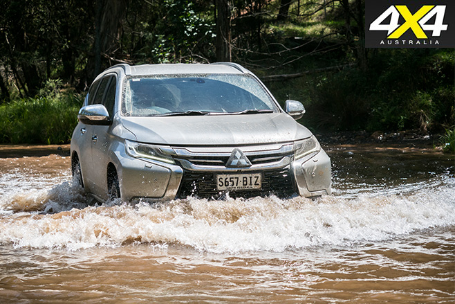 Mitsubishi Pajero Sport GLS driving through water