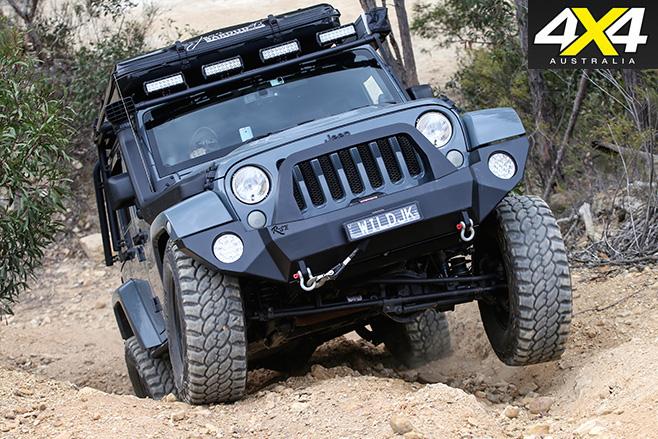 Jeep Wrangler Rubicon front bar