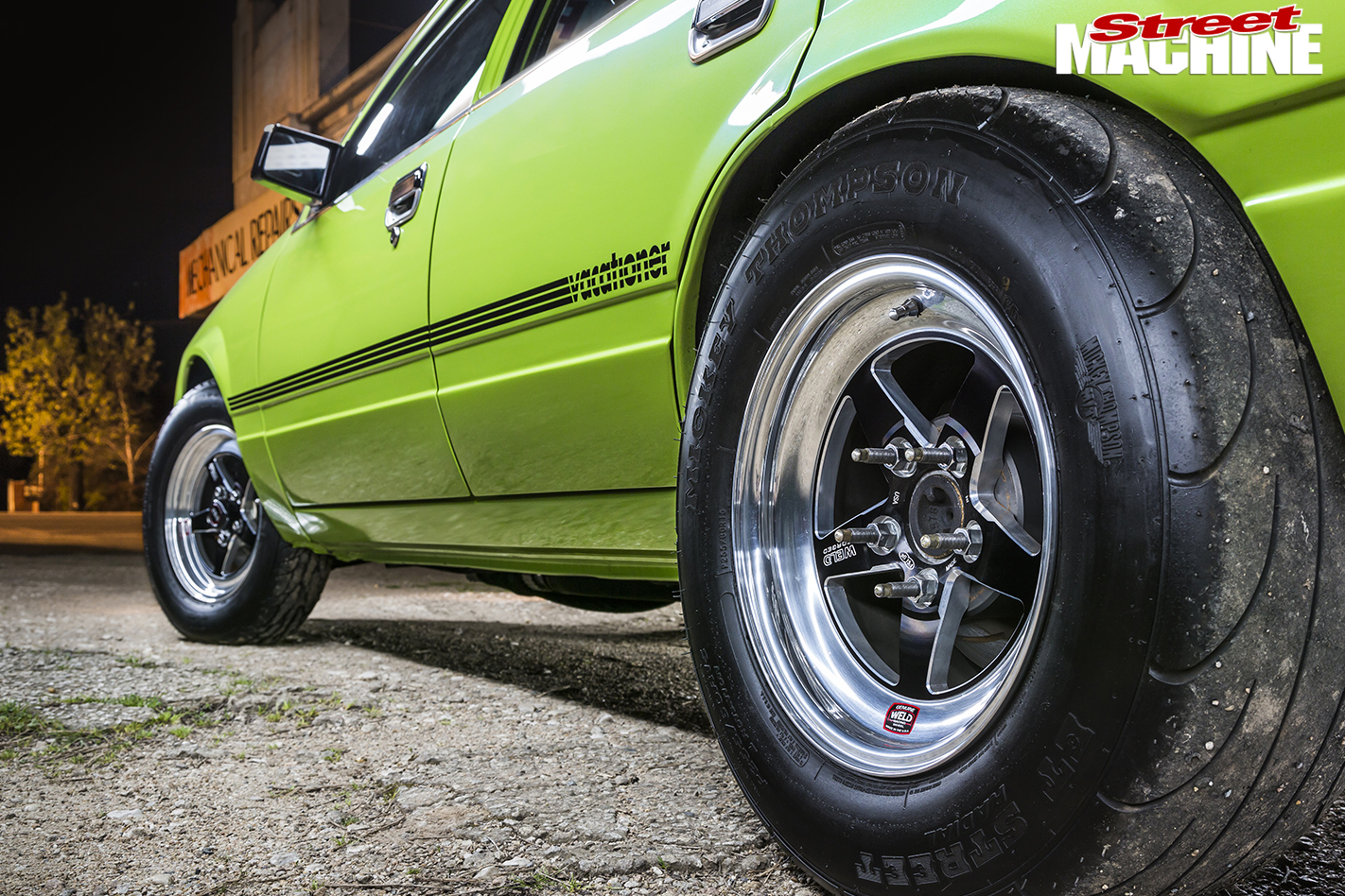 Holden -VH-Vacationer -Wagon -rear -wheel