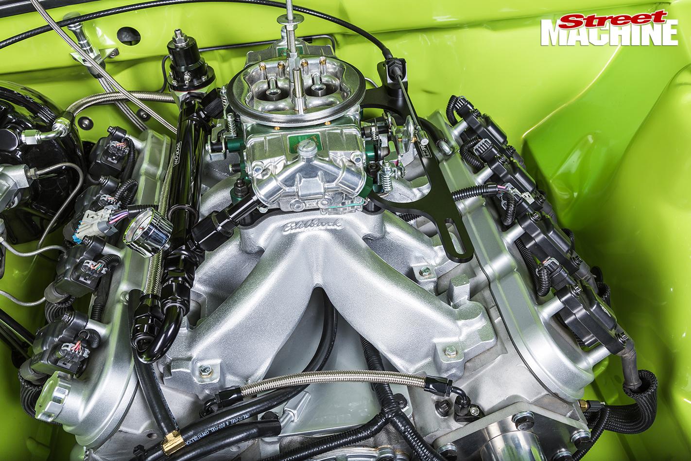 Holden -VH-Vacationer -Wagon -engine -detail