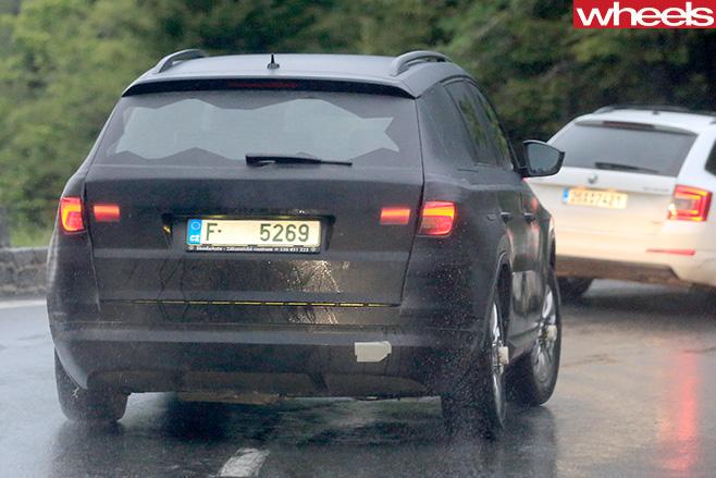 Skoda -Kodiaq -rear -side -driving