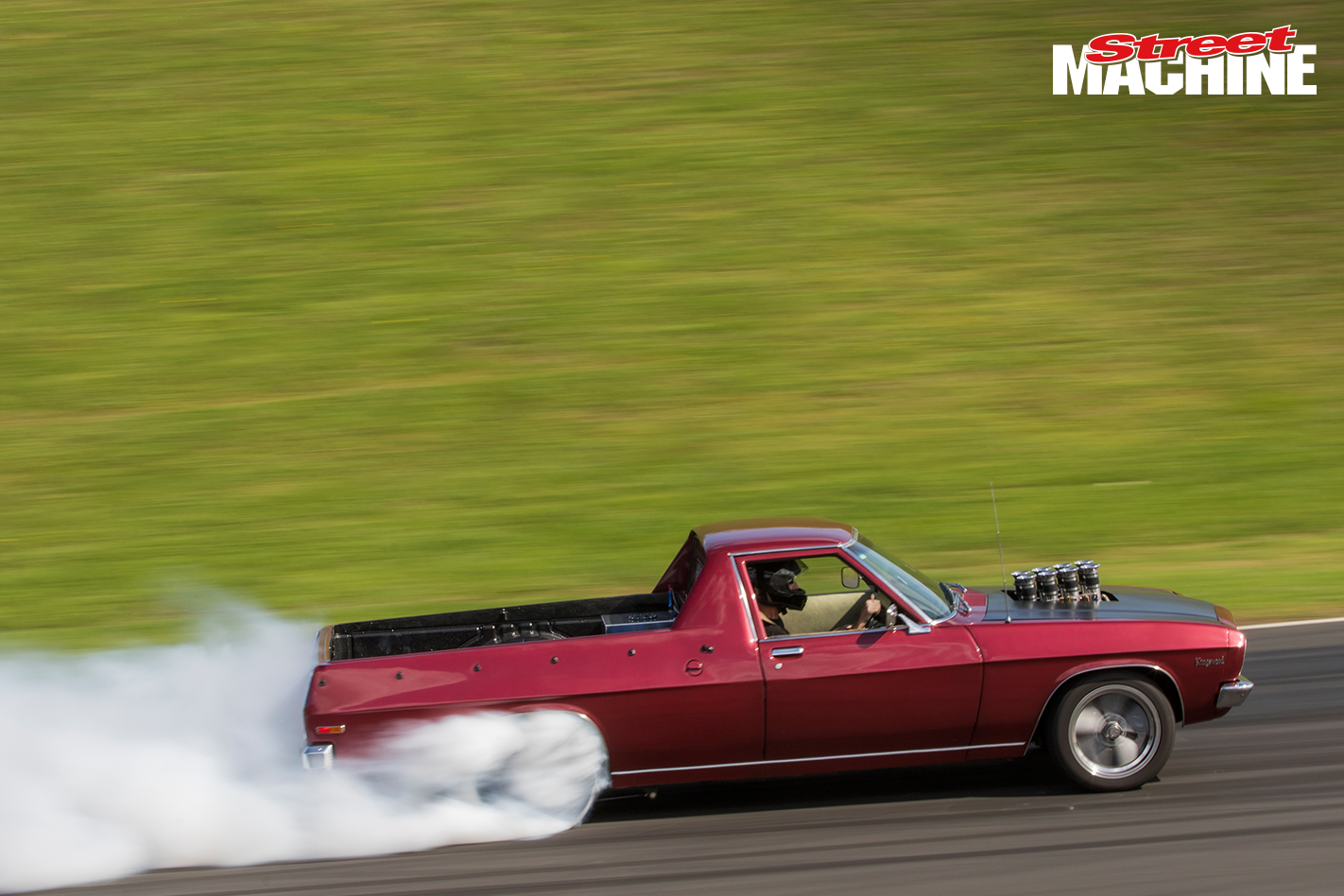 HQ Holden Ute Burnout