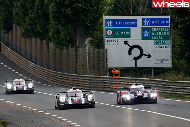 3-Le -Mans -cars -racing