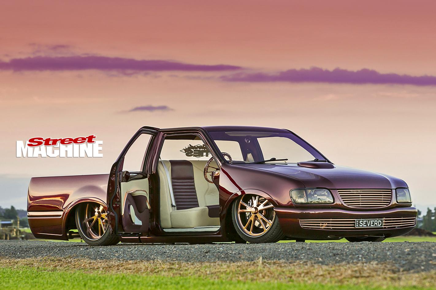 Holden -Rodeo -slammed -door -open