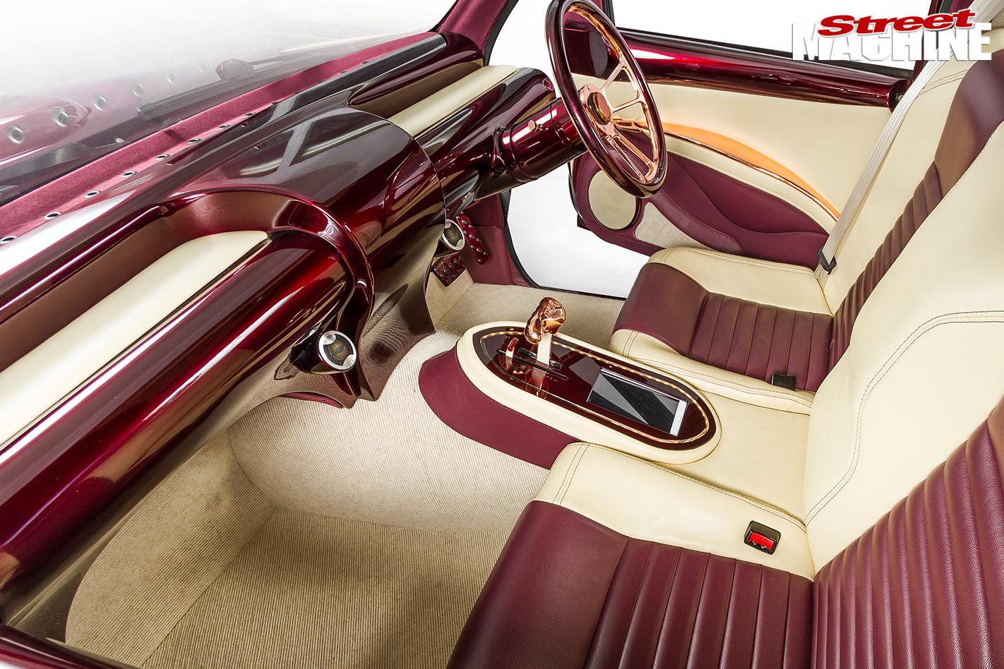 Holden -Rodeo -slammed -interior -passenger -side -2