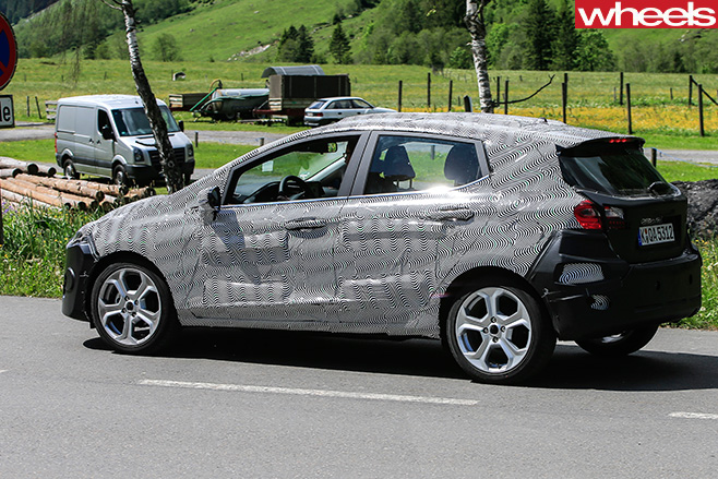 2018-Ford -Fiesta -spy -pic -side -rear