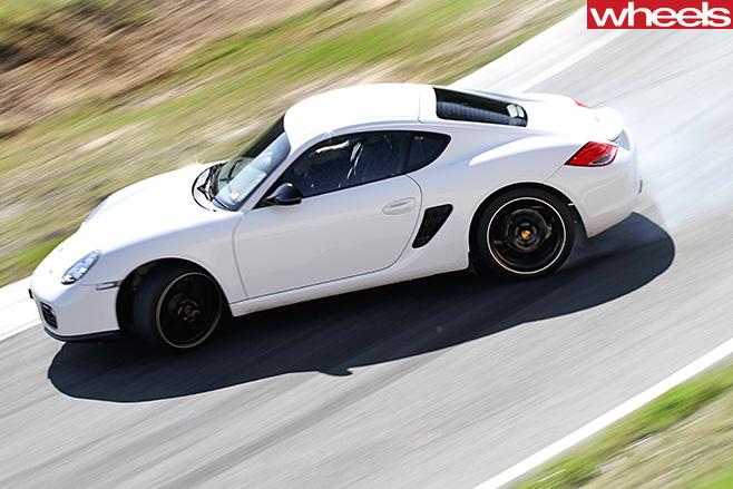 Porsche -Cayman -drifting