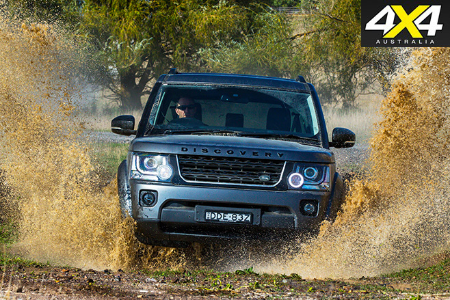Land rover -discovery driving through water