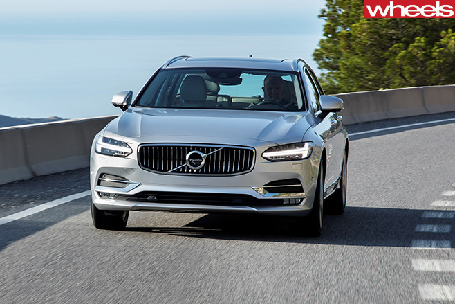 Volvo -V90-driving -front