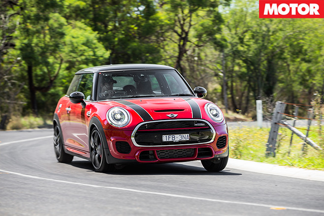 Mini jcw turning fast