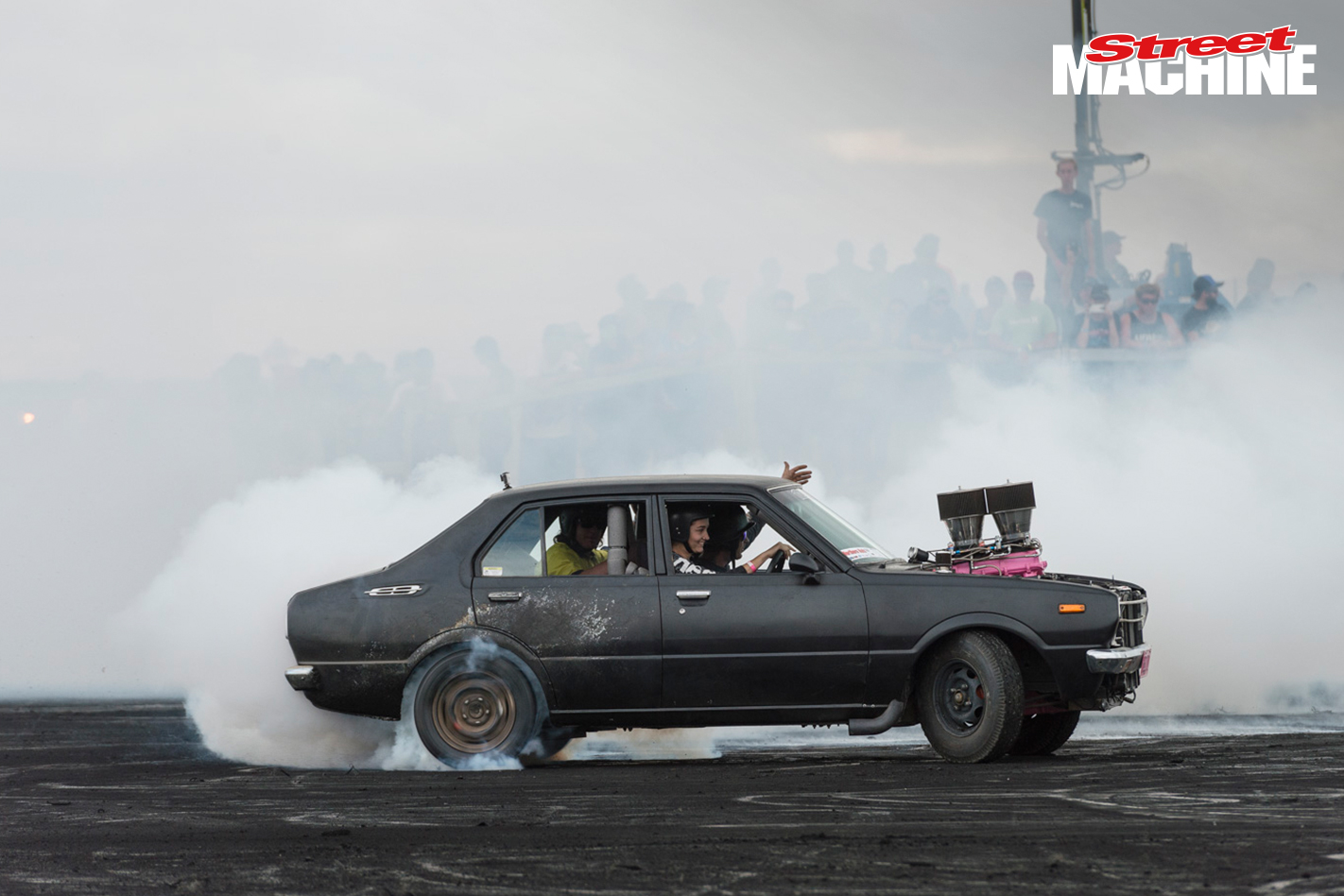 V8 Corolla Burnout HECTIC