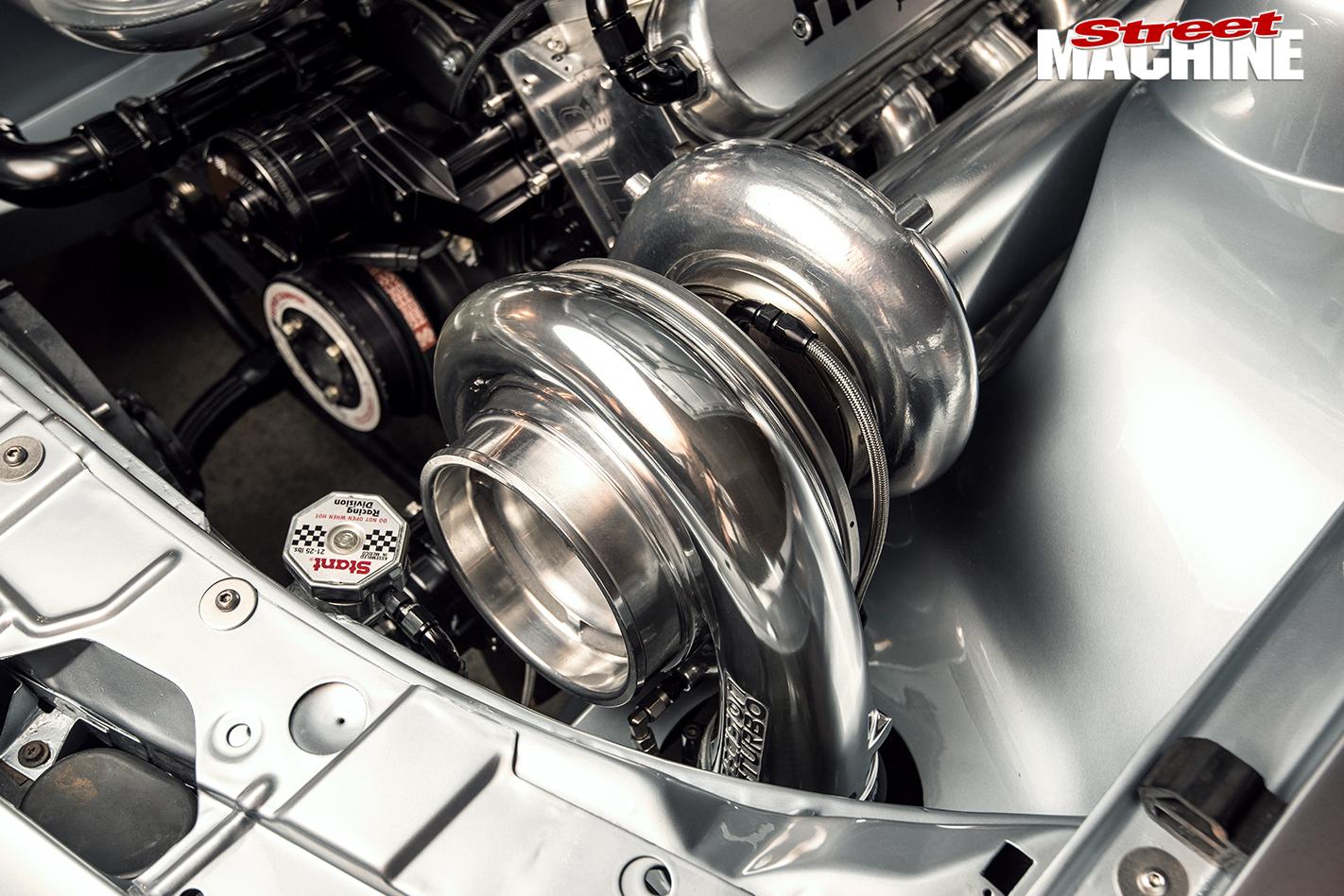 HSV-VL-Walkinshaw -engine -turbo