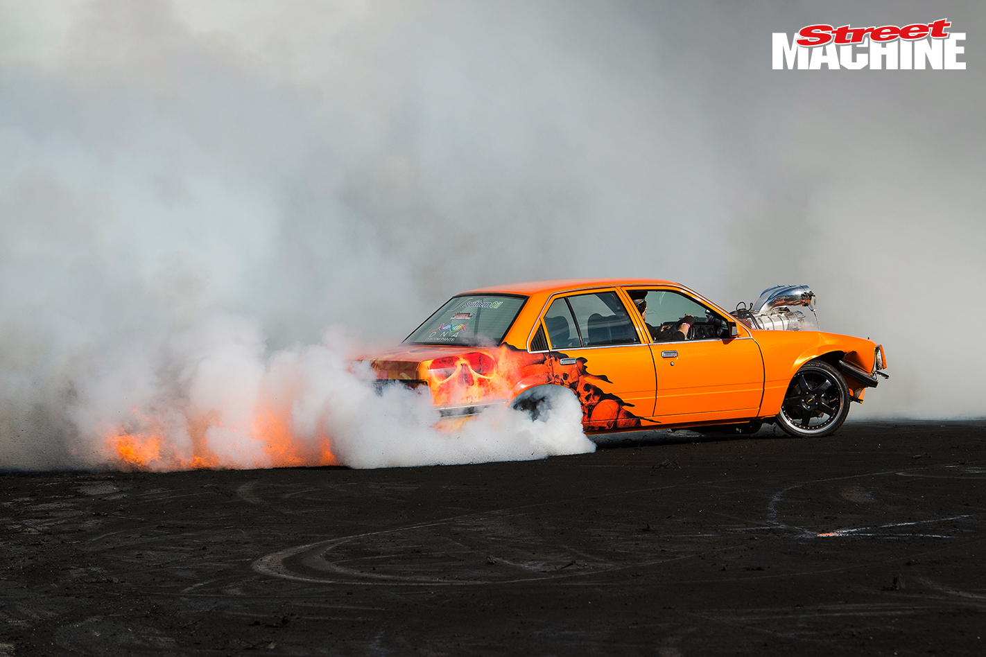VC Commodore Burnout Fire FROMHELL