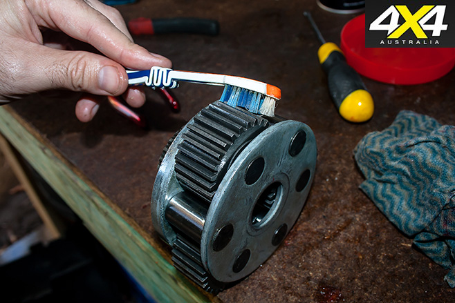 How to service a 4x4 winch