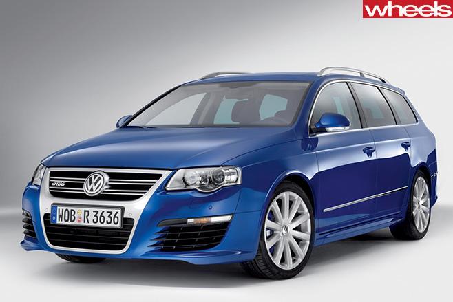 Volkswagen -Passat -R36-old -generation