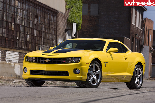 Chevrolet -Camaro -yellow