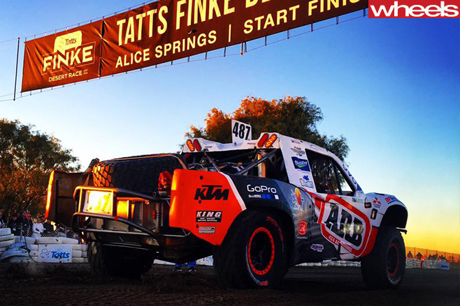 Toby -Price -racing -Mazda -BT-50-in -Finke -Desert -Race