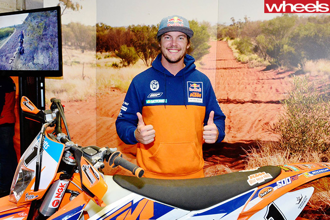 Toby -Price -photo -opportunity -Finke -Desert -Race