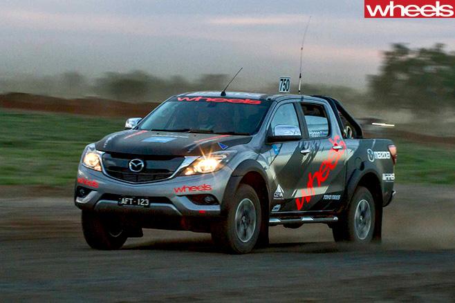 Finke -Desert -Race -Mazda -BT-50-racing -side -dark