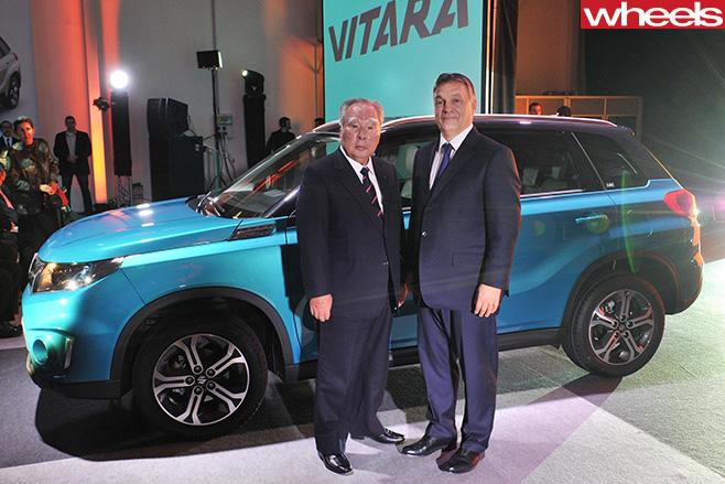 Suzuki -CEO-with -new -Suzuki -Vitarajpg