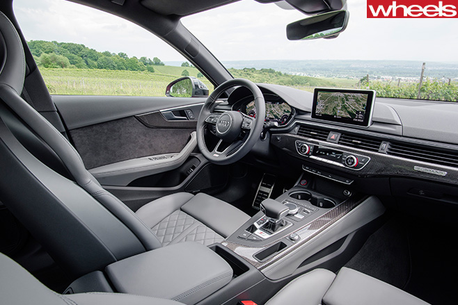 Audi -S4-grey -interior