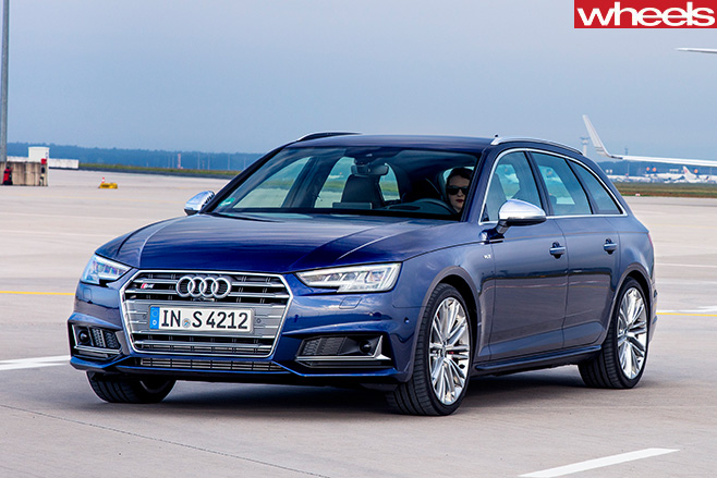 Audi -S4-wagon -front -side