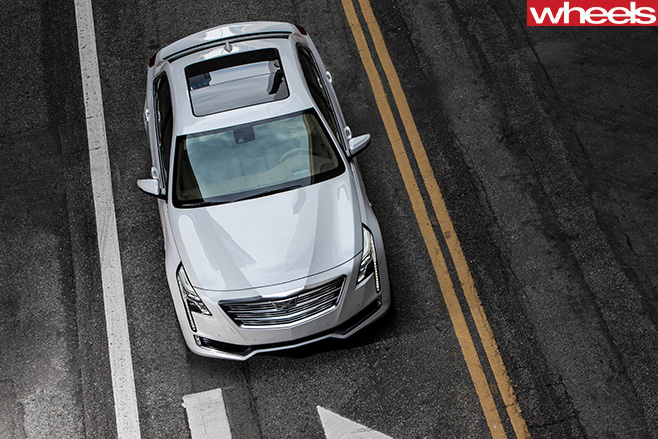 Cadillac -CT6-top