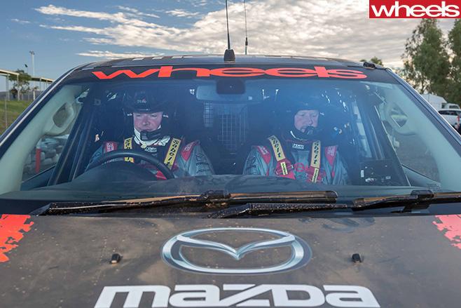 FINKE-2016-Mazda -BT-50-drivers