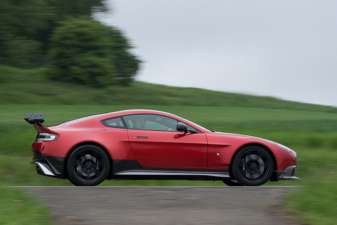 Aston -Martin -Vantage -GT8-driving -side