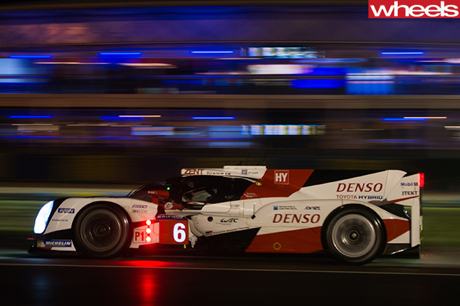 Toyota -Le -Mans -car -driving -side -night