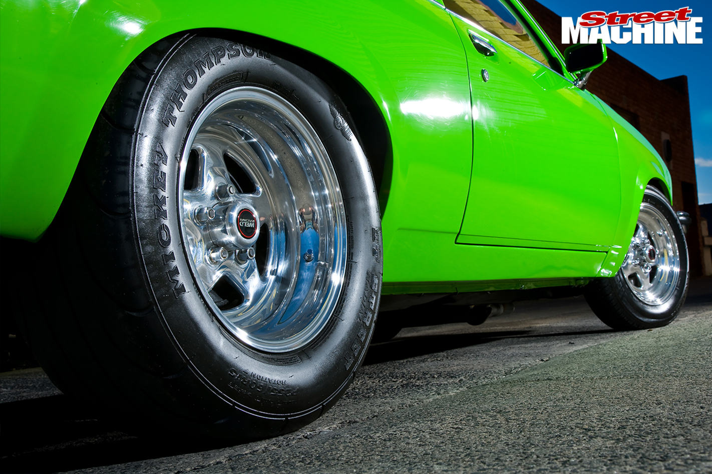 Holden -Torana -LX-Hatch -front -wheel