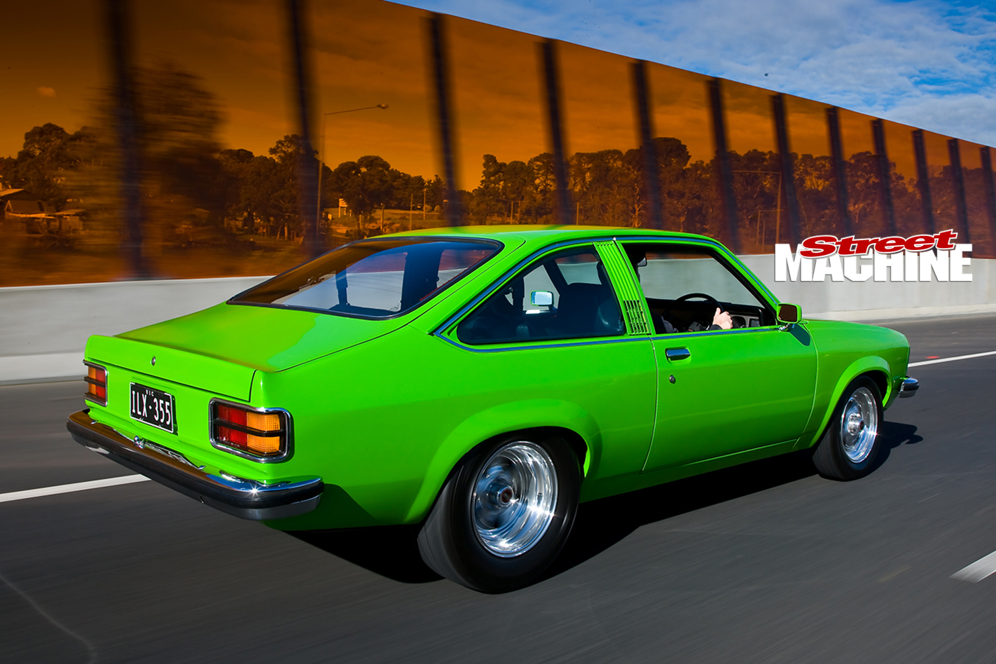 Holden -Torana -LX-Hatch -front -onroad -rear