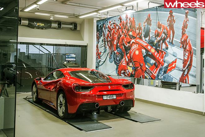 Ferrari -488-GTB-rear
