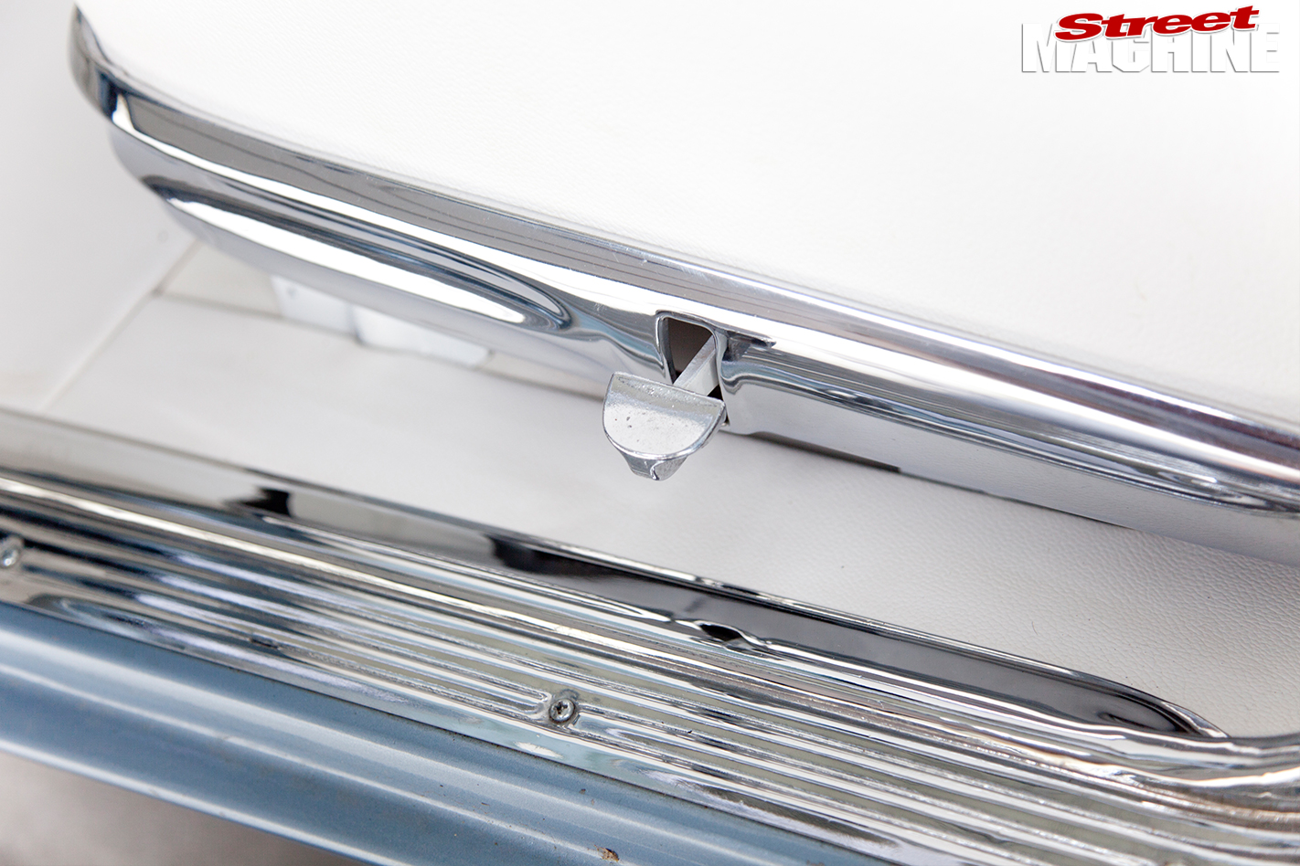Holden -HD-door -sill