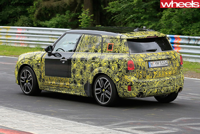 Mini -Countryman -JCW-rear -side