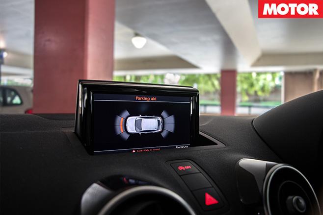 Audi -s 1-control -screen