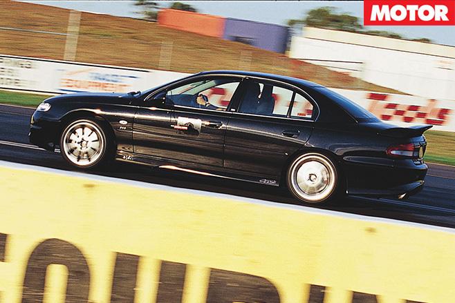 HSV-GTS-driving -side