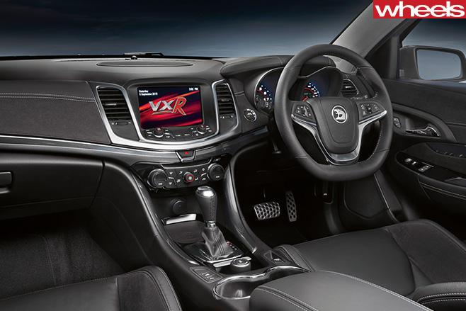 Vauxhall -Maloo -R8-interior