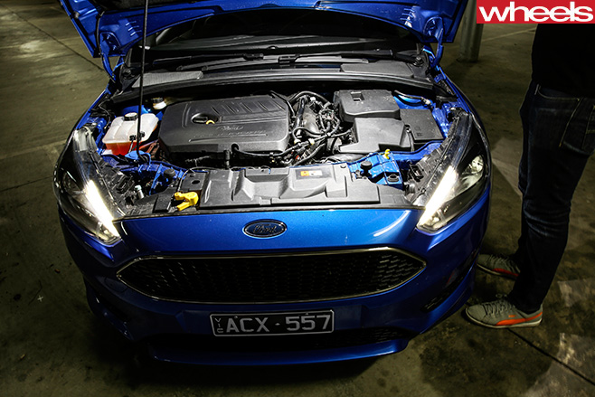 Ford -Focus -engine