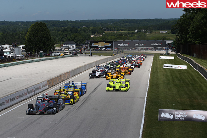 Field -of -race -cars -at -America -Indy -2016