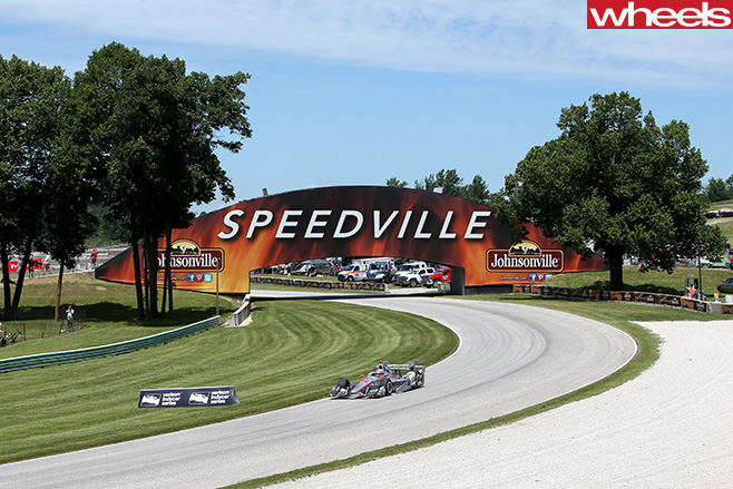 America -Indy -field -racing -at -Speedville