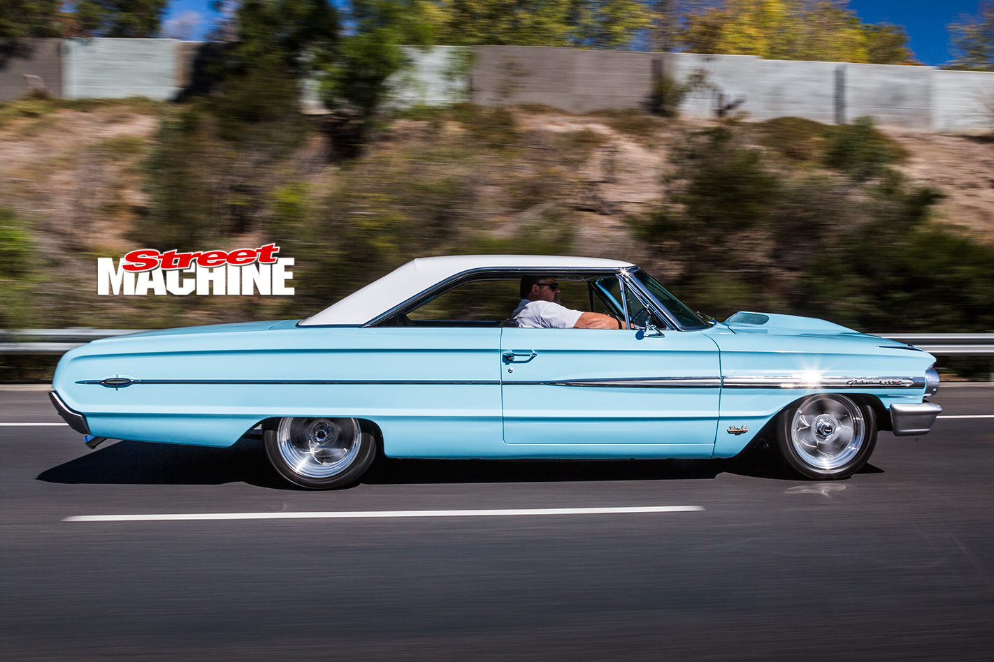 1964-ford -galaxie -500xl -onroad -side