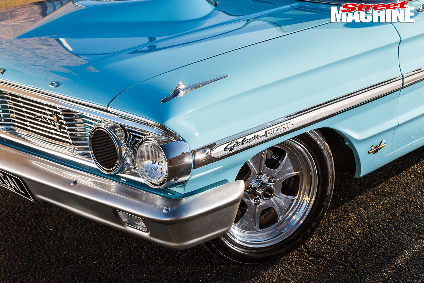 1964-ford -galaxie -500xl -frong -angle -detail