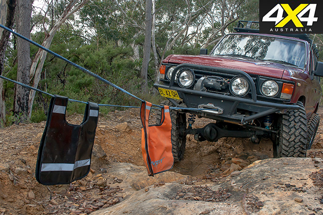 Double line winching a 4x4